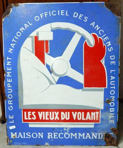 Plaque émaillée illustrée LES VIEUX DU VOLANT par Roger NEUHAUS PARIS / EMAIL JAPY 40X50cm