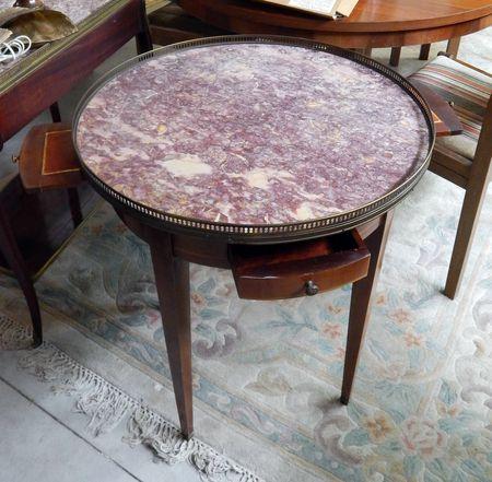 Vendue - Table bouillote style Louis XVI